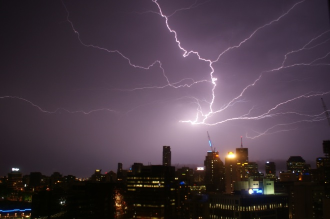 Brisbane lightening by Steve Arnold